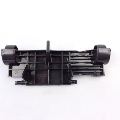 Bissell Vacuum Roller Assy W/ Axle - 2031330